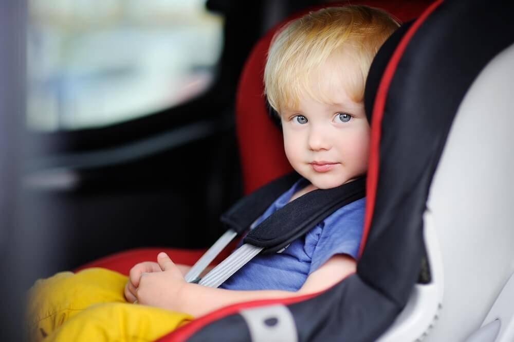 Ребёнок в автомобиле: что нужно знать