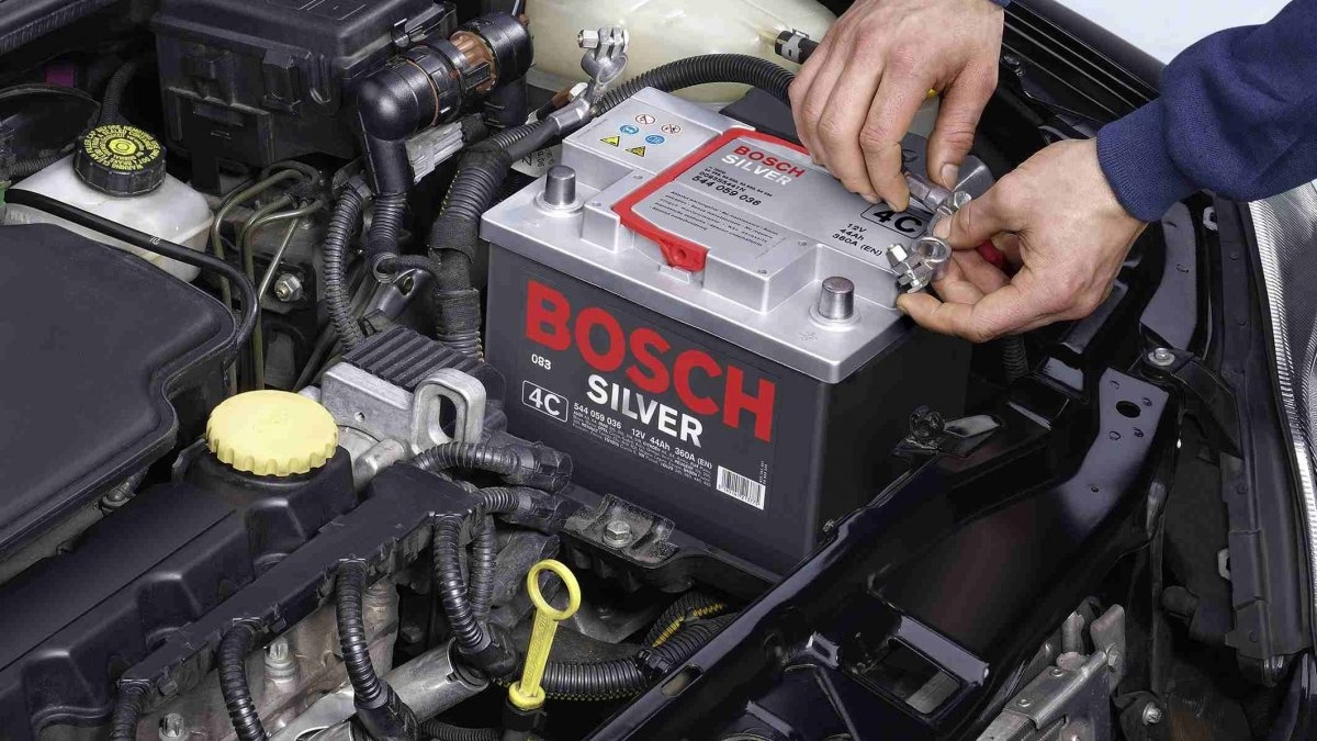 Акумулятор авто швидко розряджається - причини. Докладний огляд у статті на сайті інтернет-магазину Lester.ua.