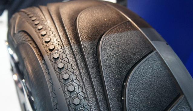 Новые умные шины Goodyear TripleTube