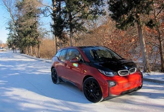 Тест шин Nokian Hakkapeliitta R2 для BMW i3. В чем особенности?