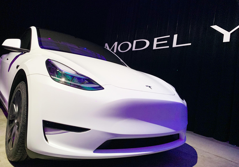 Электрокар Tesla Model Y